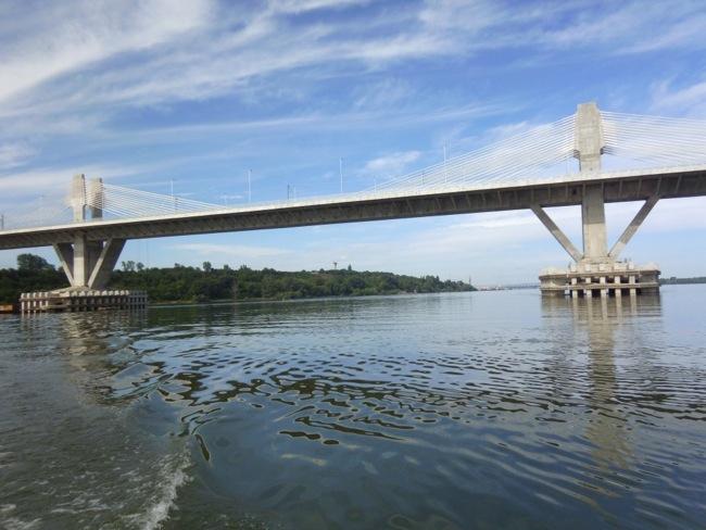 На Дунав мост Видин - Калафат има километрична опашка