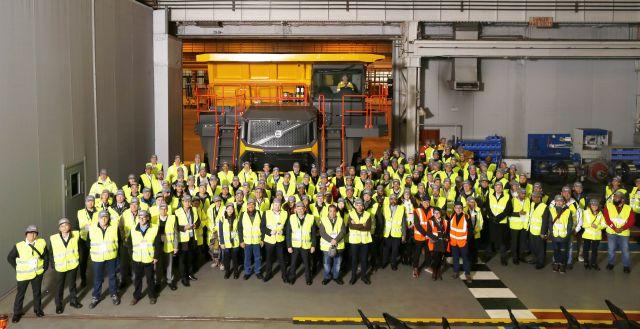 Международна премиера на минни самосвали Volvo