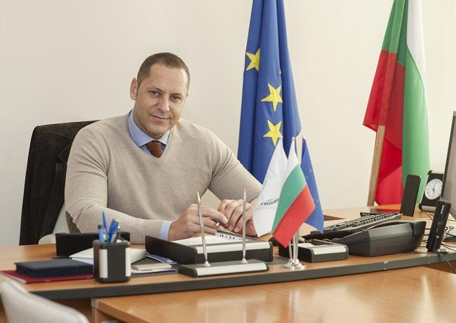 Номинираха Александър Манолев за транспортен министър