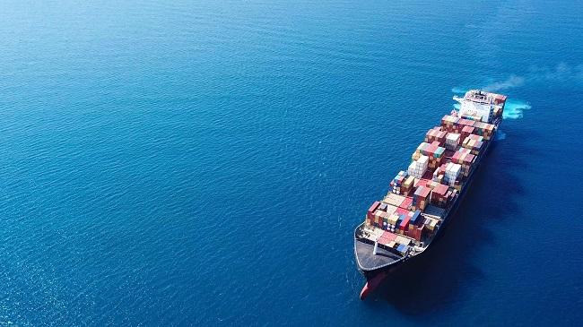 Спокойни или бурни ще са водите на контейнерните превози през 2019 г.?