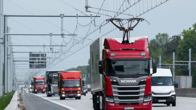 Започнаха тестовете на е-магистралата в Хесен