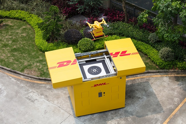 DHL Express стартира първата доставка с дрон в града