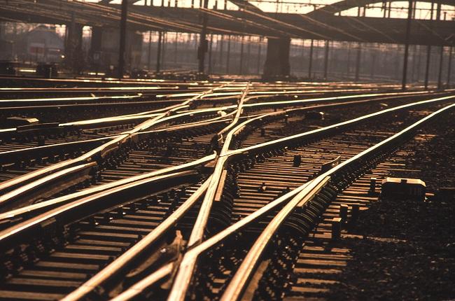 Губим част от европарите за линията Костенец - Септември
