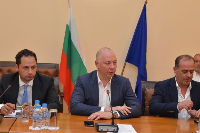 Желязков нареди за засилен контрол на транспорта по празниците