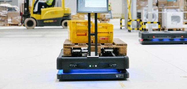 Роботи ще помагат на пощенски служители