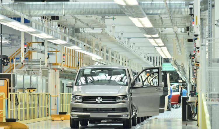 Volkswagen CV възстановява производството си