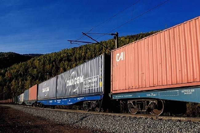 Влакове возят пощенските пратки от Китай за Европа