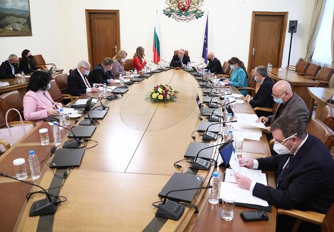 Още 40 млн. лв. за заетостта в транспорта и туризма