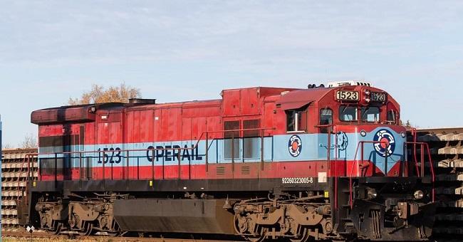 Преоборудват товарен локомотив от дизел на LNG
