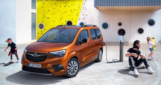 Идва новият електрически Opel Combo-e Life