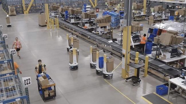 DHL увеличва инвестициите в складови роботи