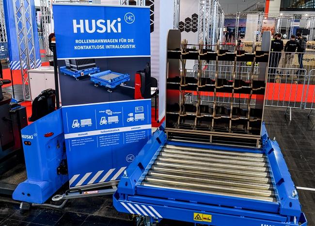 IFOY: Автоматизирано товарене и разтоварване с HUSKi