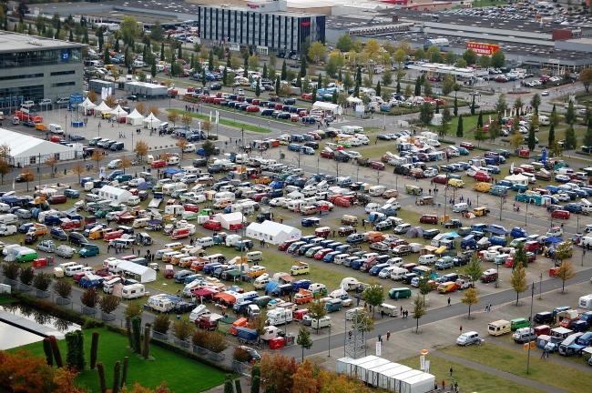 VW Nutzfahrzeuge събира феновете на Bulli парти