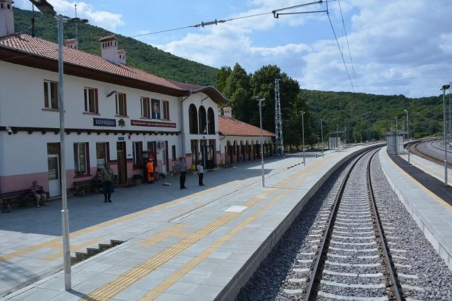 Приключи рехабилитацията на жп линията Копривщица – Стряма