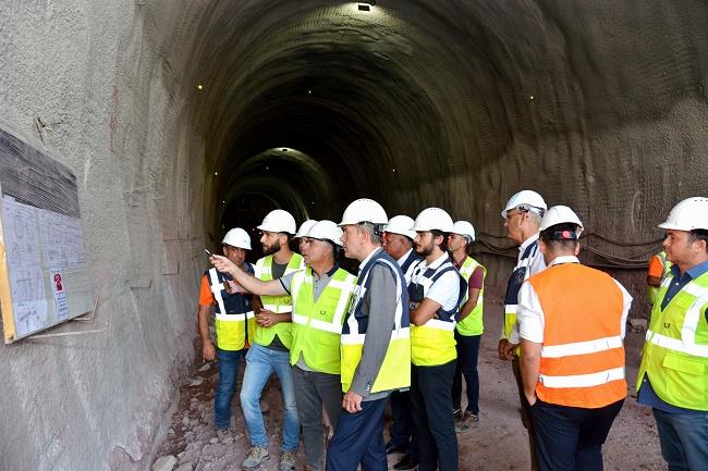 Прокопаха 70 м от най-дългия жп тунел у нас