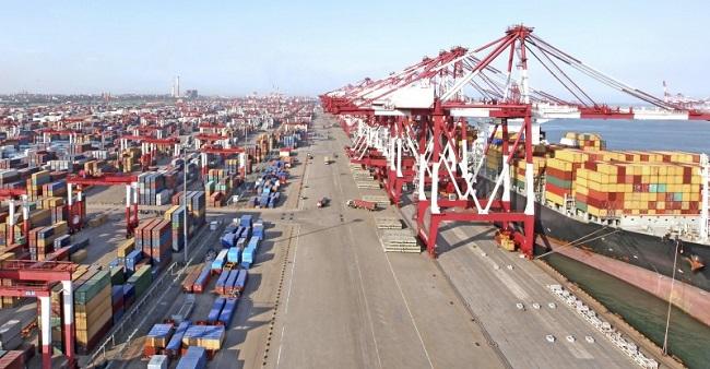 Надеждността на морските контейнерни превози се понижава