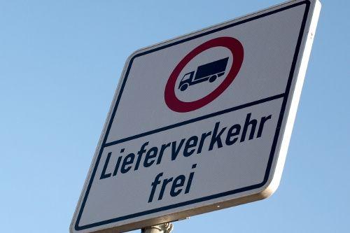 Летни забрани за товарни автомобили в Германия